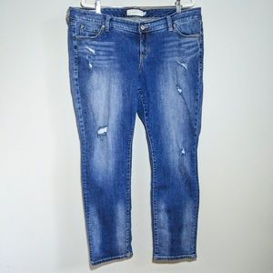 TORRID Boyfriend Fit Distressed Med Wash Jeans 18